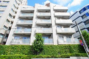 Exterior of Apartments Akasaka Nanbuzaka