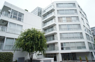 Exterior 2 of Azabu Manor