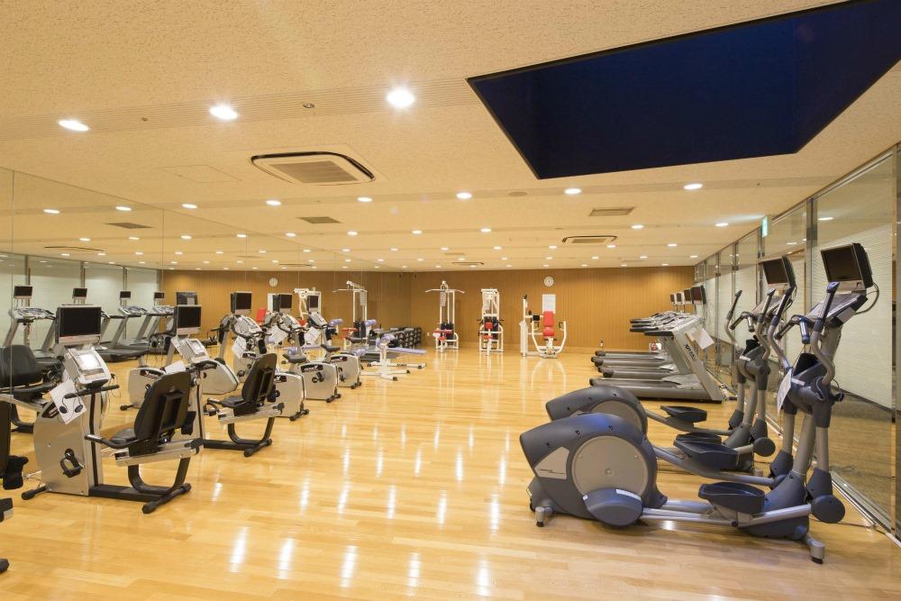 Concieria nishi shinjuku tower s west apartment for rent