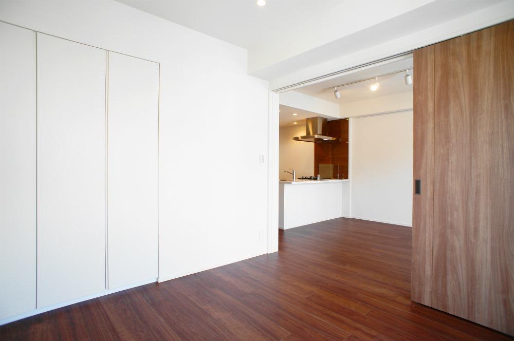 Park Habio Akasaka Apartment For Rent PLAZA HOMES