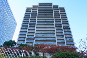 Exterior 1 of Sumida Riverside Tower