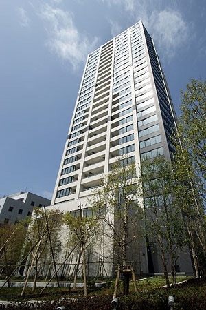 The Hilltop Tower Takanawadai Exterior 1
