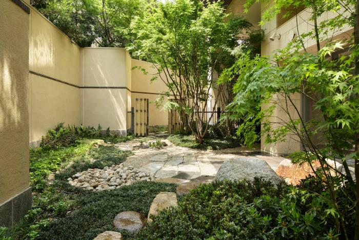 Garden Plaza Room For Rent