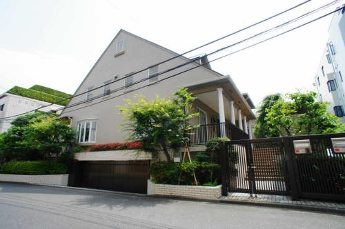Exterior of Momiyama House A