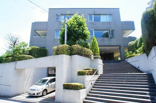 Exterior of Oyama Park Hills