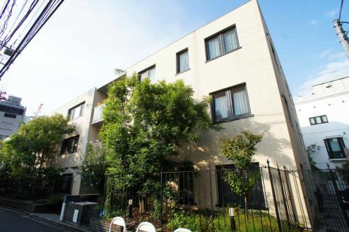 Exterior of Minami-aoyama Rise House