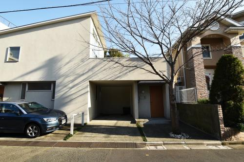 Exterior of Hiroo Sakura House
