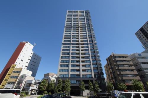 Exterior of The Hilltop Tower Takanawadai