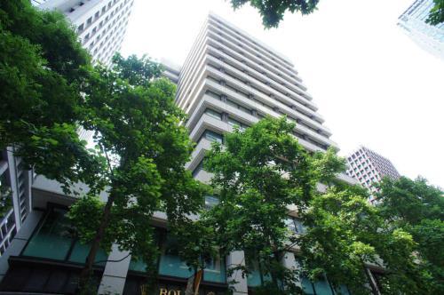 Exterior of Marunouchi Yusen Building