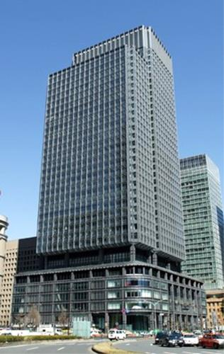 Exterior of Shin-Marunouchi Building