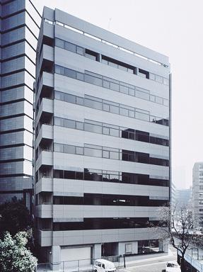 Exterior of Kintestu Kasumigaseki building