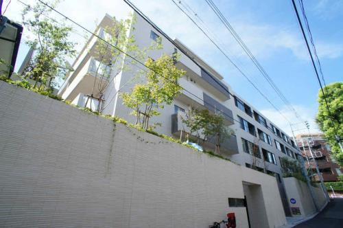 Exterior of Open Residencia Hiroo I