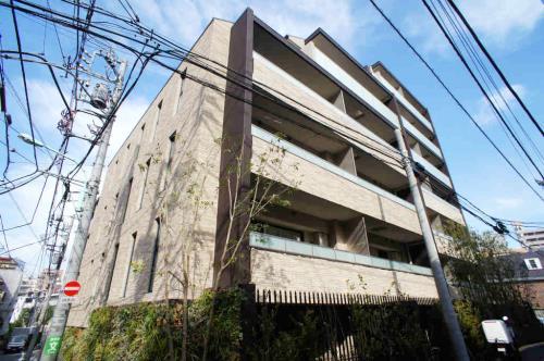 Exterior of RISING SUN 恵比寿二丁目 BRANZ