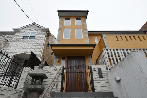 Exterior of Ikedayama House