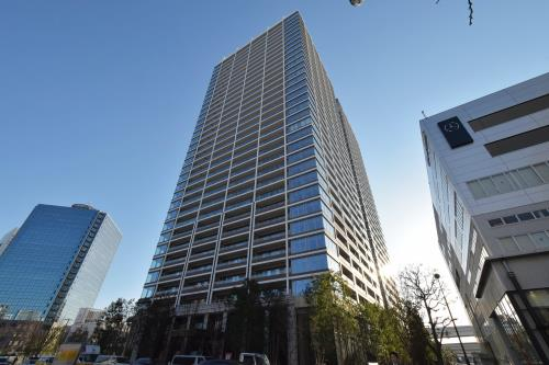 Exterior of Global Front Tower