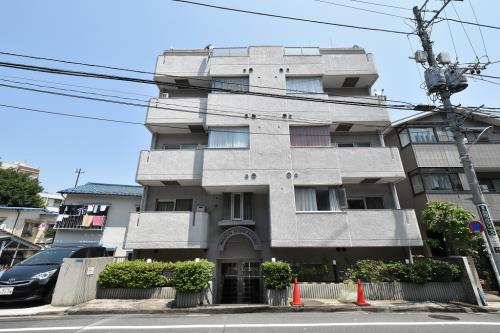 Exterior of Maison Nishi-azabu