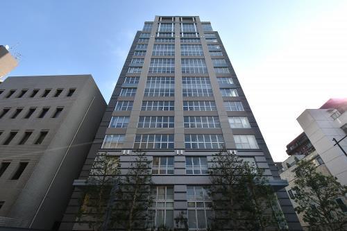 Exterior of Premist Rokubancho