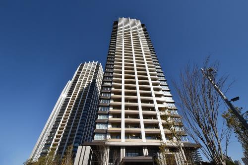 Exterior of Brillia Towers Meguro