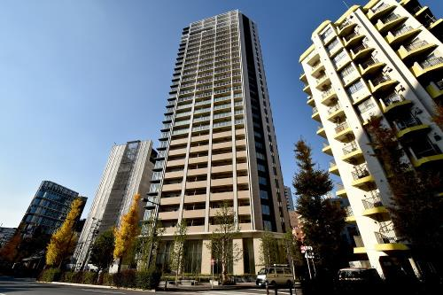 Exterior of Brillia THE TOWER TOKYO YAESU AVENUE