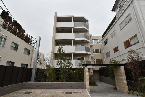 Exterior of Park Axis Omotesando Residence
