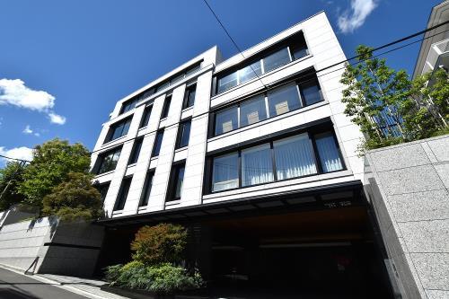 Exterior of The Park House Grand Azabu-sendaizaka