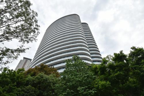 Exterior of Park Court Aoyama The Tower