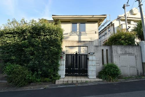 Exterior of Denenchofu 3-chome House