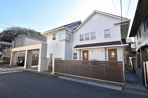 Exterior of Honmoku Terrace House