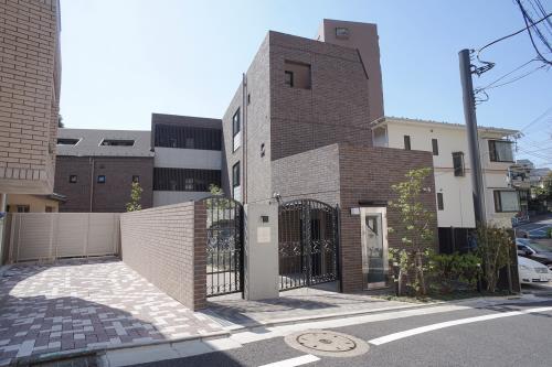 Exterior of TSURUKI Residence EBISU