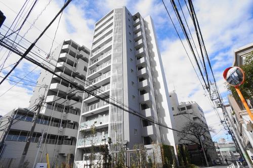 Exterior of Strahle Kamiyamacho