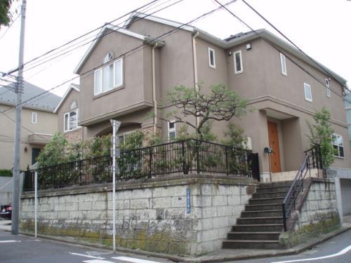 Exterior of Yoyogi-uehara House