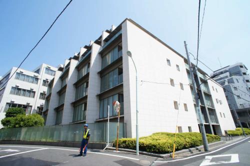 Exterior of ストーリア赤坂