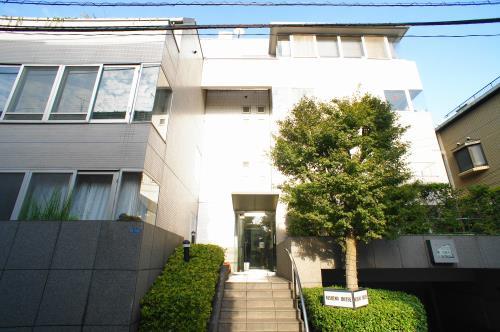 Exterior of Nishino House