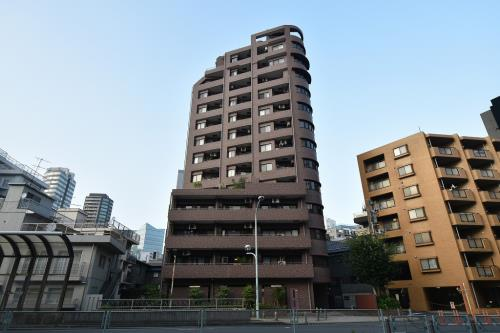 Exterior of Bell Meson Roppongi Towers