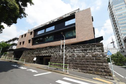 Exterior of Court Mita