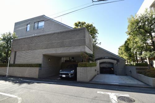 Exterior of Nishihara Park Mansion