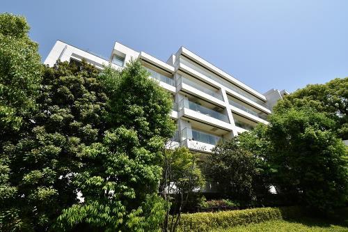 Exterior of Park Mansion Minami-Azabu