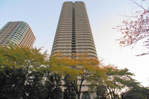 Exterior of River Point Tower
