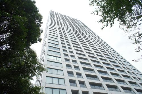 Exterior of Toranomon Towers Residence