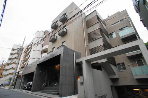 Exterior of Glenpark Harajuku