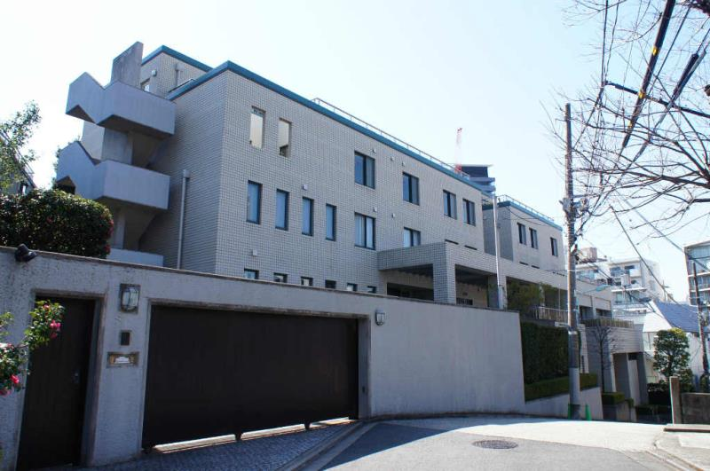 Nishiazabu Manor House