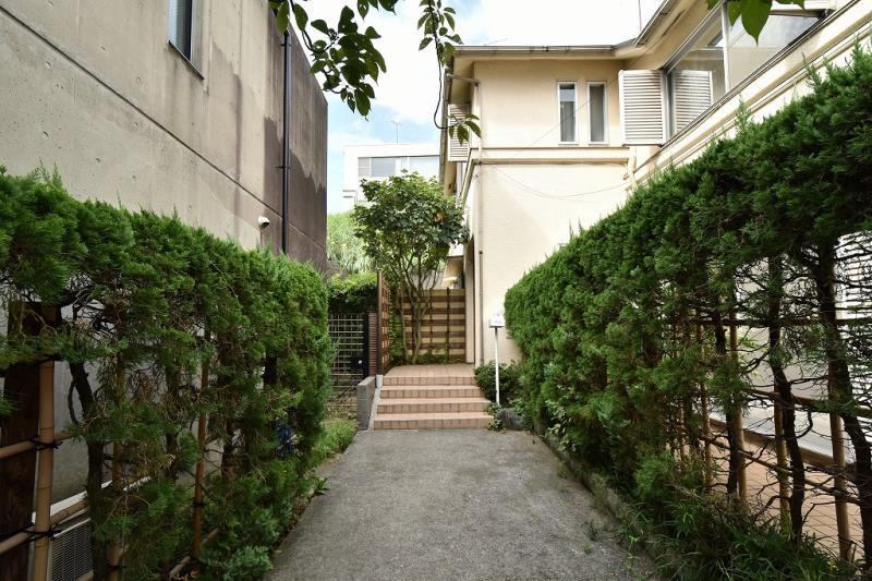 Sakurai House A