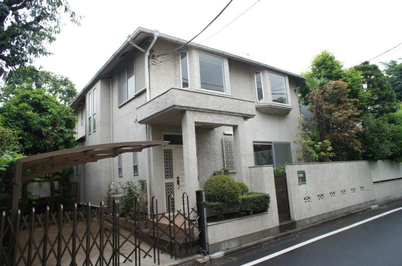 Kamiyamacho House