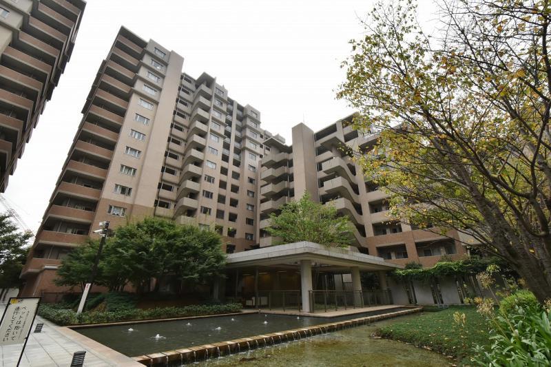 Fukazawa House