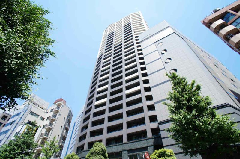 First Real Tower Shinjuku