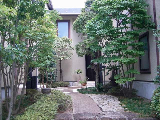 Exterior of Seta Forest House
