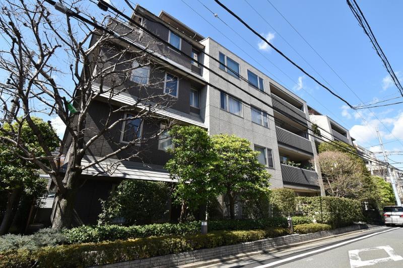 市ヶ谷銀杏坂アパートメントハウス 1F の外観写真