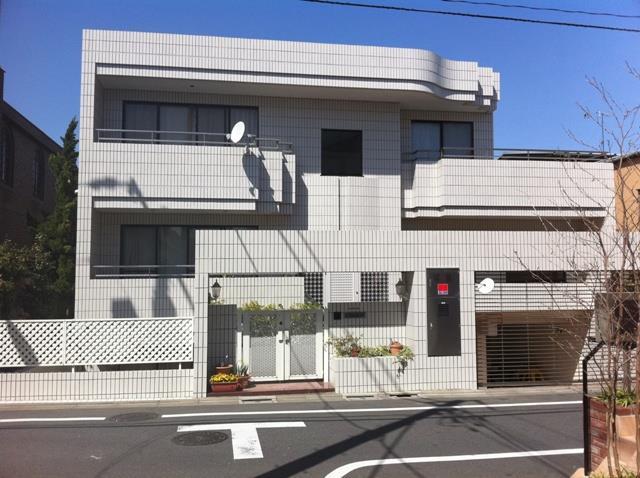 Exterior of Denen-Chofu 2-chome House