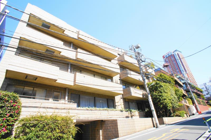 Exterior of Nishiazabu Regency 2F