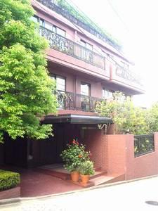 Exterior of Domus Minami-azabu East 1F